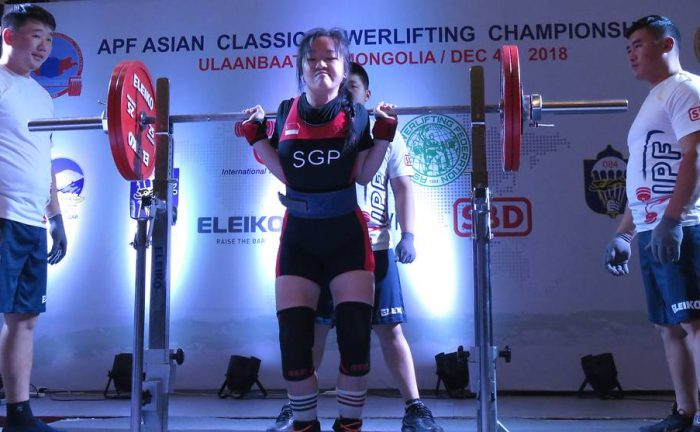 Thor Qian Qi, 19, with a 130kg squat at 52kg bw